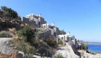 Arquiteturas ge(r)minadas na paisagem cretense