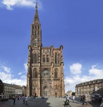 A Praça da Catedral e a Praça Gutenberg em Strassbourg