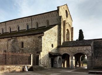 Visitando igrejas ao norte da Itália