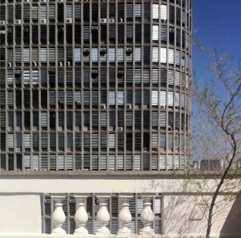 Ministério do Arquiteturismo adverte...