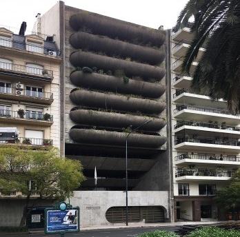 Quem sabe o nome do arquiteto da Embaixada do Brasil em Buenos Aires?