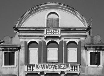 O que dizem as janelas de Veneza?