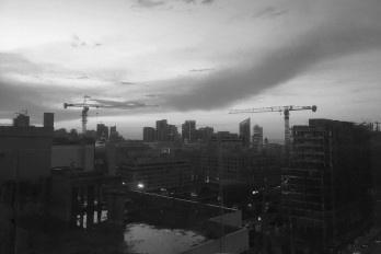 Cantada por poetas e cenário de batalhas, Beirute vai se reconstruir