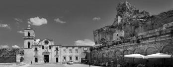 As casas trogloditas em Matera em Basilicata, Itália