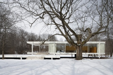 Farnsworth House, Plano, Illinois. Arquiteto Ludwig Mies van der RoheFoto Carol M. Highsmith