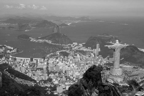 Vista panorâmica Cristo Redentor, Bahia de Guanabara, Pão de Açúcar e BotafogoFoto Mario Roberto Durán Ortiz  [Wikimedia Commons]