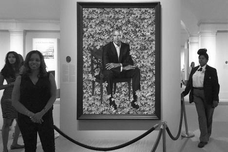 Barack e Michelle Obama, pinturas de Kehinde Wiley e Amy Sherald, National Portrait Gallery, Smithsonian InstitutionFotos Michel Gorski  [passe o mouse sobre a foto]