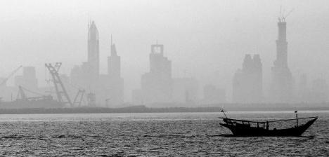 Dubai, Emirados Árabes Foto Matthew D. Leistikow / U.S. Navy photo by Mass Communication Specialist 2nd Class  [wikimedia commons]