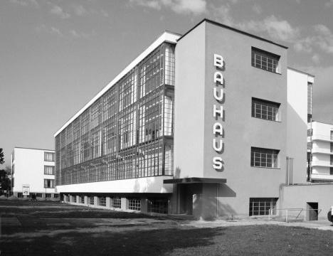 Bauhaus, Dessau, Alemanha, 1926. Arquiteto Walter GropiusFoto Karine Daufenbach