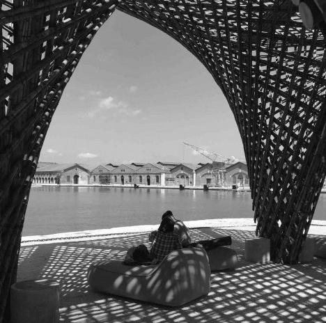 VTN Architects (Vietnã), Bamboo Stalactite, ArsenaleFoto Giovanna Rosso del Brenna