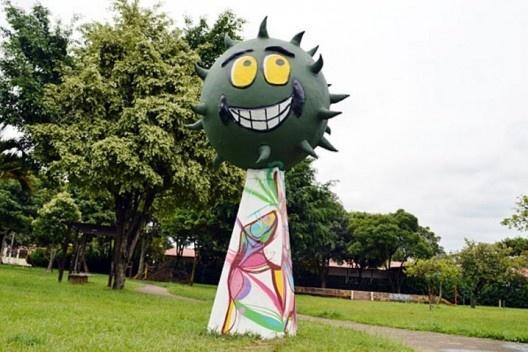 Monumento na Praça Mamonas Assassinas<br />Foto divulgação  [Guarulhos Web]