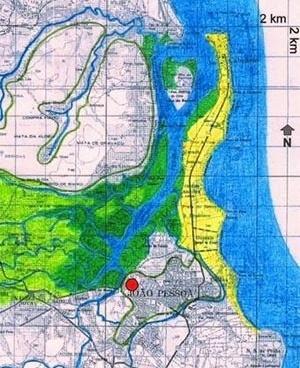 1. Mapa mostrando o estuário do rio Paraíba. (O círculo vermelho indica o local onde foi implantada a cidade da Parahyba.)<br />Criação nossa sobre carta produzida pela SUDENE em 1974