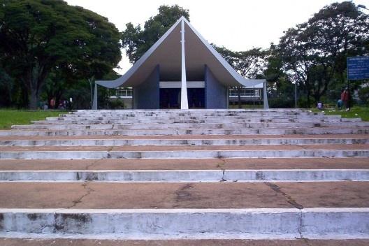 A igrejinha de Oscar Niemeyer