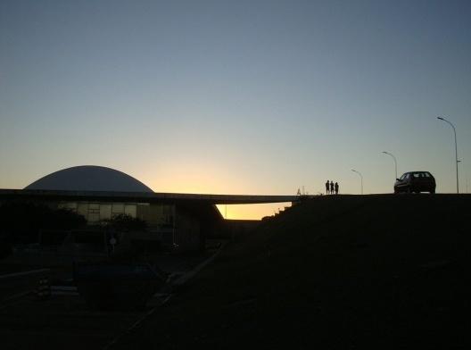 Congresso Nacional no crepúsculo, 2017<br />Foto Sergio Jatobá