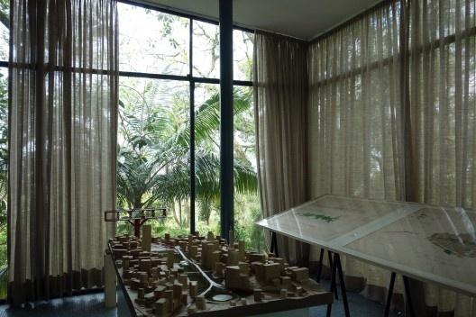 Exposição Anhangabaú Jardim Tropical na Casa de Vidro, sede do Instituto Bardi<br />Foto Renato Anelli