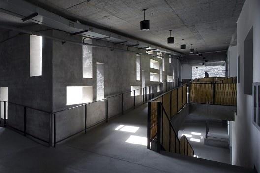 Campus Xiangshan, Academia de Arte da China, fase 2, Hangzhou, China, 2004-2007. Arquiteto Wang Shu<br />Foto Lv Hengzhong  [Pritzker Prize]