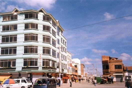 Sub-centro da Vila Adela, vista da praça