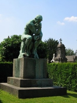O Pensador, Cemitério Laeken, Auguste Rodin<br />Foto Alexis Rudier  [Wikimedia Commons]