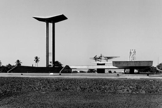 Monumento aos Mortos da Segunda Guerra Mundial, Parque do Flamengo, Rio de Janeiro, 1956. Arquitetos Marcos Konder Netto e Hélio Ribas Marinho<br />Foto divulgação  [Acervo Marcos Konder Netto]