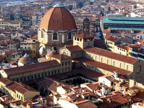 Laurenziana library seen from the Campanile Time, Florence<br />Foto Richardfabi  [Wikimedia Commons]