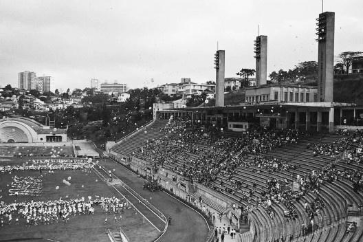 Estádio e complexo poliesportivo do Pacaembu, época da inauguração, São Paulo, anos 1940<br />Foto divulgação  [Acervo Casa da Imagem / livro <i>Museu do Futebol</i>]
