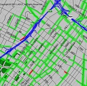 LA, Downtown District. Para a definição do set do filme, poder-se-ia utilizar o chamado Old Theater District, localizado na área central, ao longo da Broadway, desde a 3rd Street (no norte) até a 9th Street (no sul). Ao fundo do cenário de degradação, a L