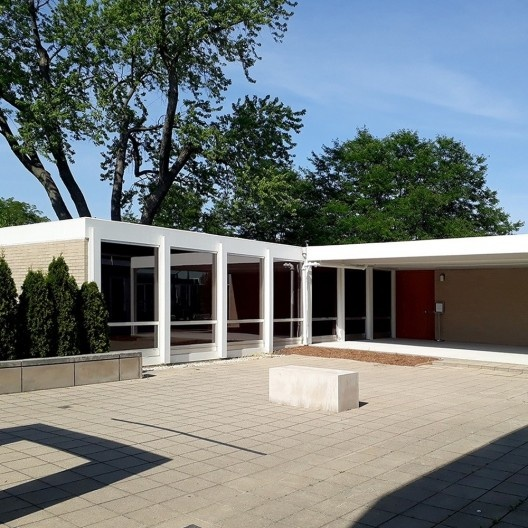 Casa McCormick, Elmhurst, próximo a Chicago,1951, arquiteto Mies van der Rohe<br />Foto das autoras