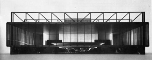 Maquete original, Teatro Nacional, Mannheim, 1952-3, Ludwig Mies van der Rohe<br />Hedrich Blessing / divulgação  [Chicago History Museum]