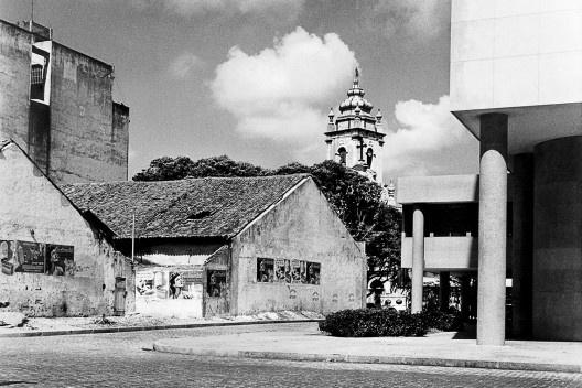 Construção da ponte Duarte Coelho vista da janela do edifício do jornal A Tribuna, Recife PE, 1944<br />Foto Benicio Whatley Dias  [Iphan, 5a Superintendência Estadual]