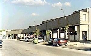 Fig.10 – Suspended infra-estructure at Malagueira<br />Foto JAZ, 1997