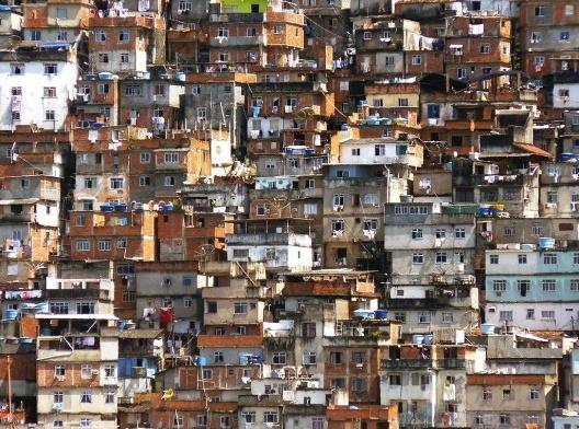Favela Pavão-Pavãozinho, Rio de Janeiro<br />Foto Pēteris  [wikimedia commons]