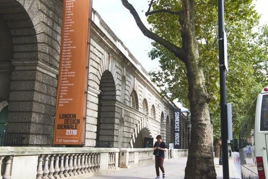 Somerset House, sede da I London Design Biennale<br />Foto Bradley Lloyd Barnes