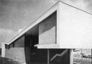 Imagem 12 - Casa J. Mario Taques Bittencourt. 1949 [Habitat]