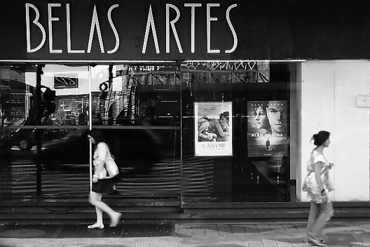 Fachada do Cine Belas Artes antes do fechamento<br />Foto Abilio Guerra