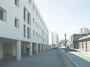 Mariano Arana, Complexo Habitacional Cuareim (reciclagem de edifícios e instalações da antiga fábrica de cervejas), Montevideo<br />Foto Fábio Araújo e Marcelo Svartman
