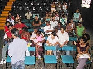 Reunião com as famílias a serem atendidas pelo Programa