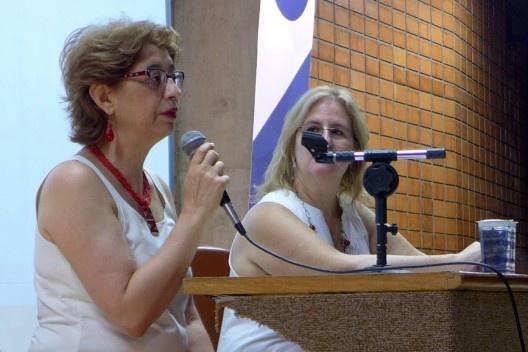 Ruth Verde Zein e Paula Belfort Mattos, abertura do evento, Encontro Núcleo Docomomo-SP 2015<br />Foto André Marques