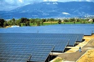 Central fotovoltaica de Serre, província de Salerno, Itália [Tempo Medico]
