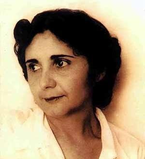 Carmem Portinho, 1903-2001. Foto Álbum da Família (presente na 4ª capa do livro de Ana Luiza Nobre, Carmen Portinho, o moderno em construção, 1999)