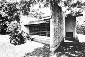 Residência J. B. Vilanova Artigas, 1942.  [ACAYABA, Marlene Milan]
