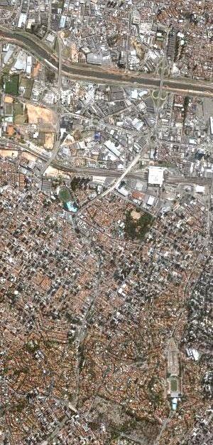 Foto aérea de São Paulo [Google Maps]