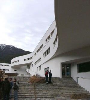 8. Escalinatas de Postgrado [R. Muñoz R]