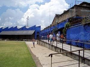 SESC Belenzinho na zona leste de São Paulo<br />Foto Merten Nefs, fev. 2005