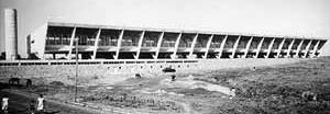Colégio Brasil-Paraguai, Assunção, Paraguai, 1952 [BONDUKI, Nabil. Affonso Eduardo Reidy. Editorial Blau / Instituto Bardi, Porto / São Paulo]