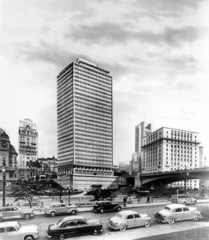 Edifício Conde de Prates, Vale do Anhangabaú, São Paulo, 1952 [Arquivo do Arquiteto – Seção de Projetos da Biblioteca da FAU-USP]