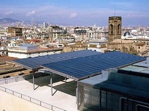 Cobertura fotovoltaica do Edificio Nou da Prefeitura de Barcelona [ICAEN – Institut Català d'Energia]
