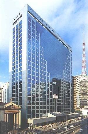 Edifício em São Paulo<br />Foto Abilio Guerra
