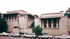 Templo Unitário de Oak Park, Illinois, 1906. Arquiteto Frank Lloyd Wright<br />Foto de Mary Ann Sullivan, Professor of English and Art History, Bluffton College