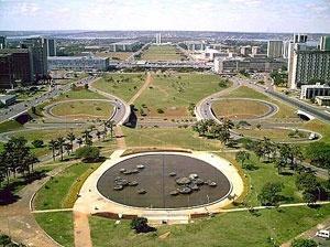 Foto do Eixo Monumental [site www.googleearth.com]