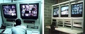 Sistemas eletrônicos de vigilância. À esquerda, Recreio Shopping, Rio de Janeiro. À direita, Penitenciária Dr. Serrano Neves, Presídio Bangu III, Rio de Janeiro [www.switchsystems.com.br]